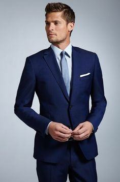 What is the best tie and pocket square combination for for Shirt color navy suit