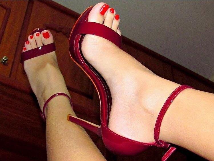Mature women foot fetish seems me