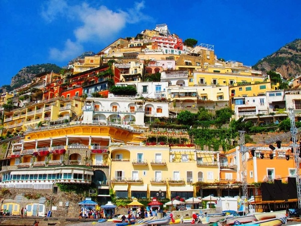 Which Is Better To Visit In Italy Positano Amalfi Or