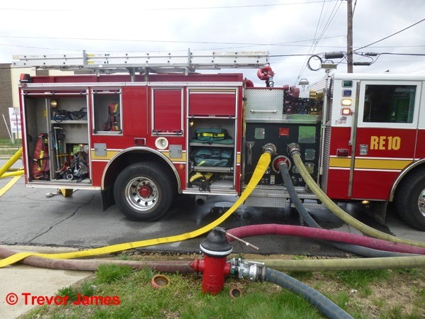 This takes up a lot more room multiple engines are often supplied from one hydrant. Large diameter supply lines can only be gently curved. & Why do you need to leave so much space around fire hydrants? Arenu0027t ...