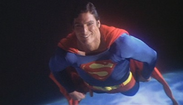 He Suddenly Sees Us And Smiles That Is It One Moment Encapsulates Everything Perfect About Christopher Reeve As Superman