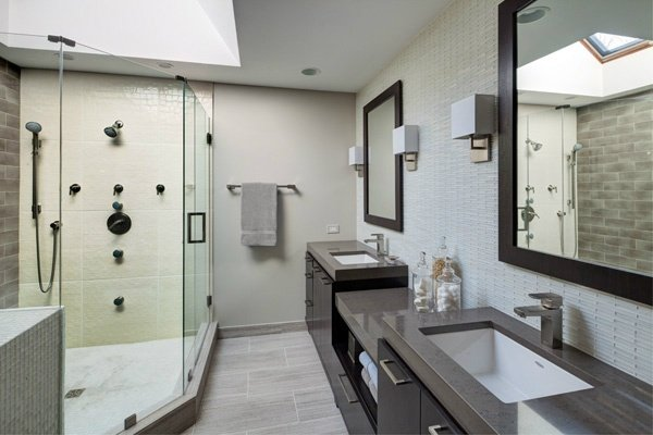 When Remodeling A Master Bathroom What Is More Important