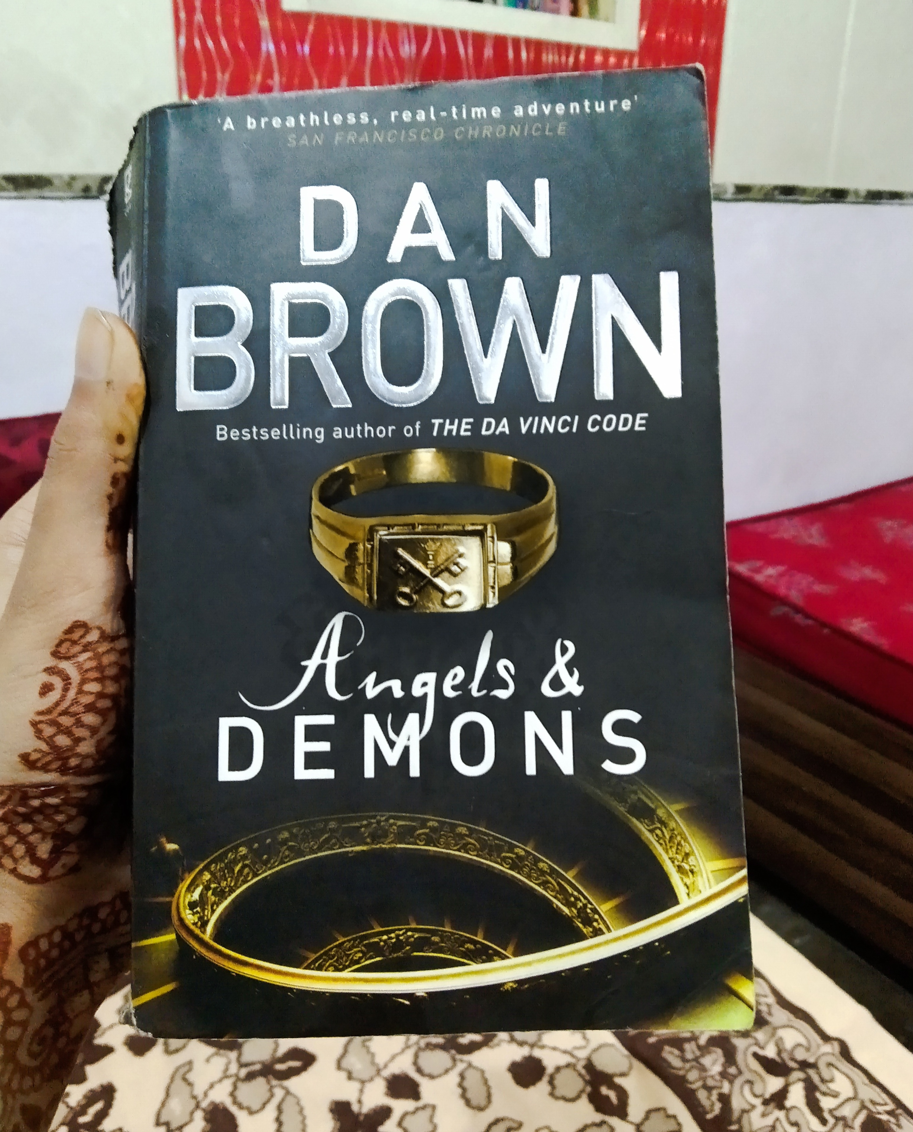 Should I read Angels and Demons before reading The Da Vinci Code ...