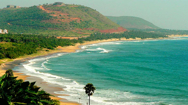 Is there any place in India where there is a hill station and beach at the  same place? - Quora
