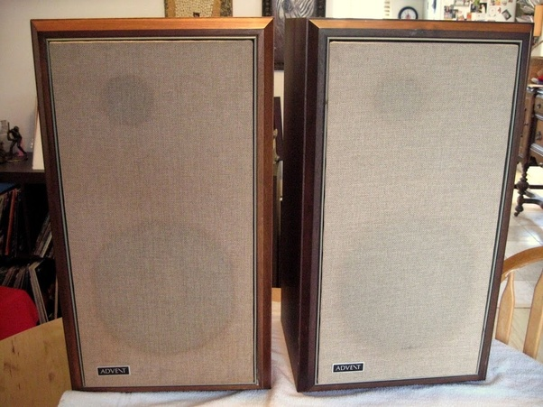 This Is A Speaker Revered By Audiophiles As One Of The Earliest True Hi Fi Speakers They Were Made From Early 1970s Onwards To Be Replaced New