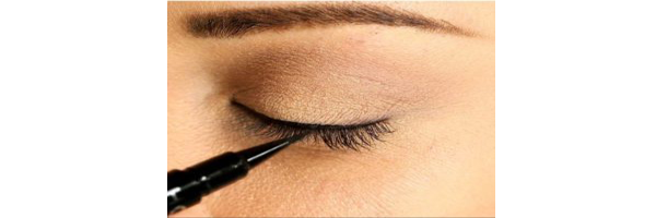 If you have puffy eyes, eyeliner plays an important role while putting on makeup for any occasion. If you want to hide puffy eyes then it is always ...