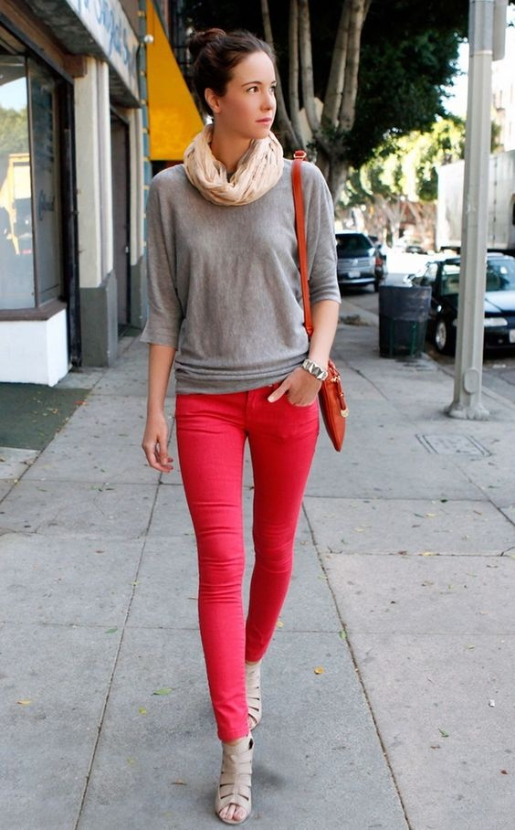 1ad14920f8d7 What colour tops should I wear with red jeans? - Quora