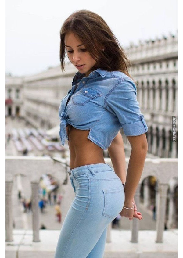 Girls in sexy tight pants