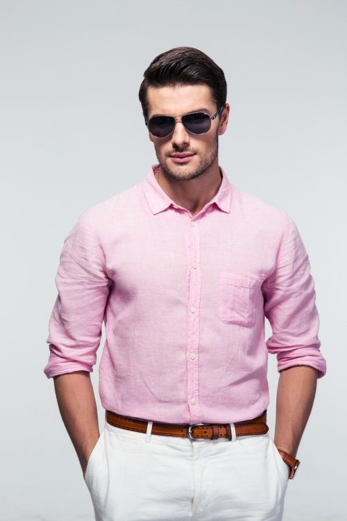 Is it really okay for a grown male to wear pink T-shirts? - Quora