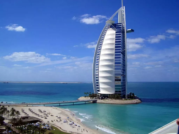 How can one permanently live and move to the United Arab Emirates