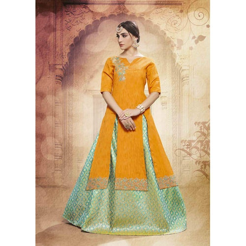 65d5685c1 ... designer lehenga from online store Craftsvilla. They had very nice  patterns