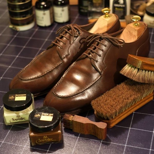 Shining Or Spitshine This Is Mostly Just For The Appearance Of Shoes But Shined Areas Do Become Water Repellent And Very Easy To Brush Off