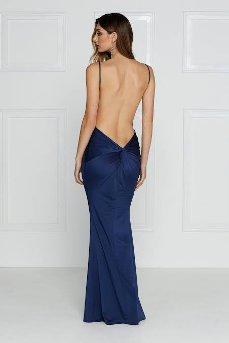 Do Women Like To Wear Backless Dresses Quora