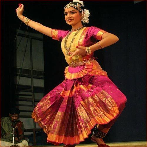 What are some things about tamil culture that everyone should know the culture was highly developed with sculpture art jewelry design structural art carnatic music self defense and martial arts and also medicinal arts altavistaventures Images