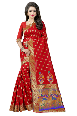 e7816f8589857d What are the details about a 'Paithani' saree? - Quora