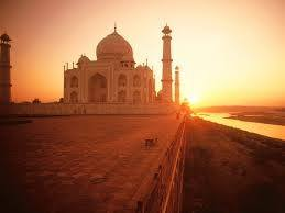 For Hotels Near Taj Mahal You Can Click On The Link Of Check Ixigo Page Similarly Here A Comprehensive List Red Fort
