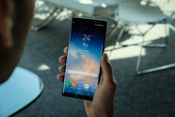 What is the difference between OLED and AMOLED? What are its