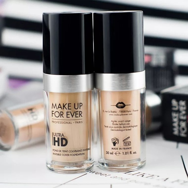 MAKE UP FOR EVER Ultra HD Invisible Cover Foundation has a total of twelve colors. Whether you are white, yellow or black, you can find the color that suits ...