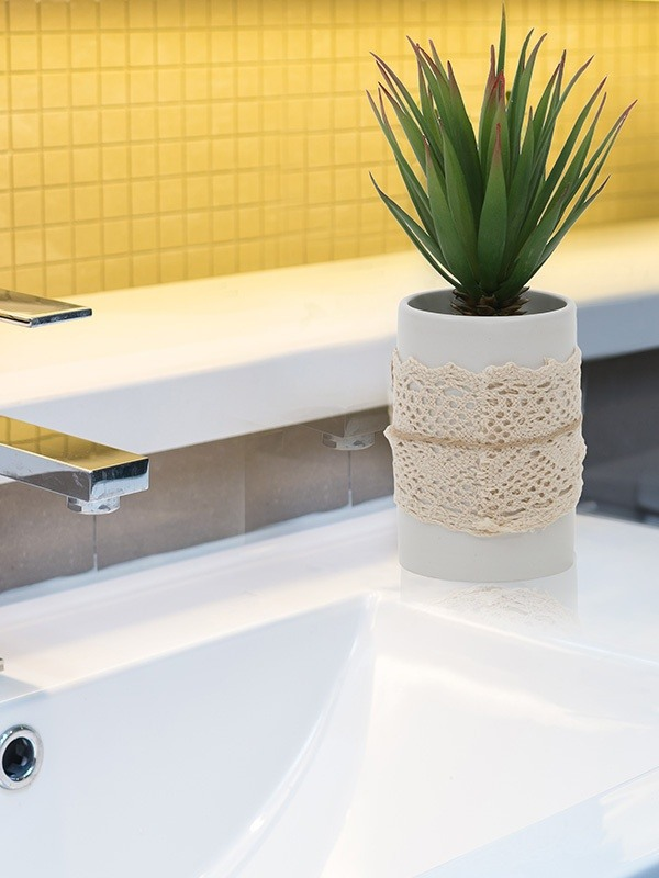 Home Decor Whats The Best Way To Redecorate A Bathroom Quora - How to keep bathroom smelling good