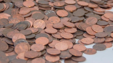 What is a rough estimate of what 1 lb of pennies is worth