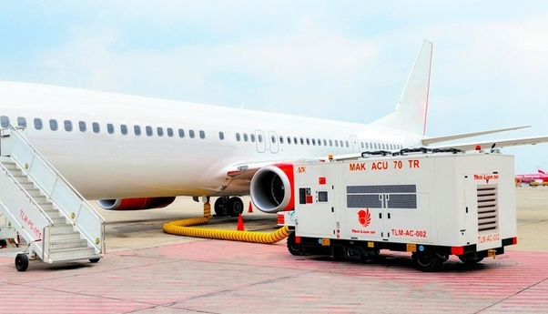 how does an aircraft air conditioning system work on the ground quora