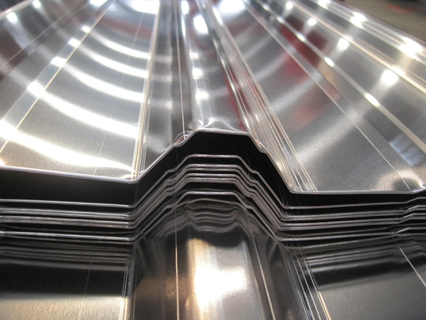 What are the reasons for aluminum roofing sheet's black dots