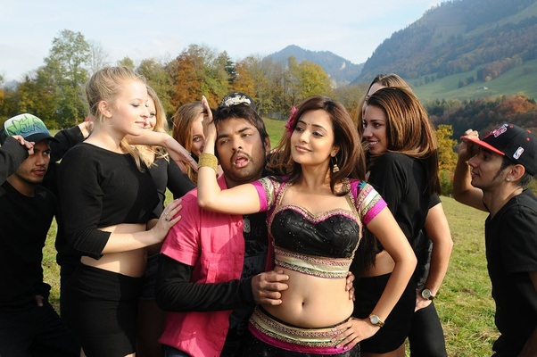 Which actress has the best navel? - Quora