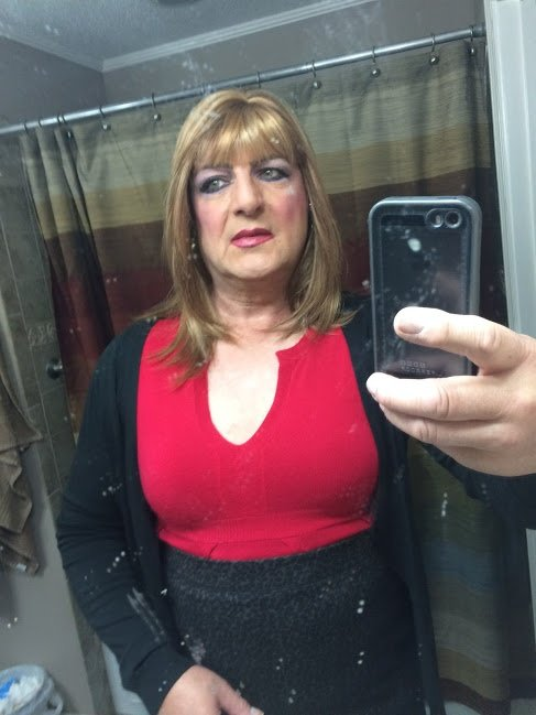 what is it like to cross dress in public quora. Black Bedroom Furniture Sets. Home Design Ideas