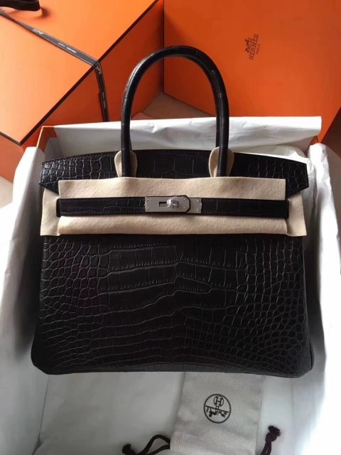 ad1312c228f I would really like to highly recommend a seller I know for many years!  this for anyone that really look for a extreme high quality handbags. they  offer ...