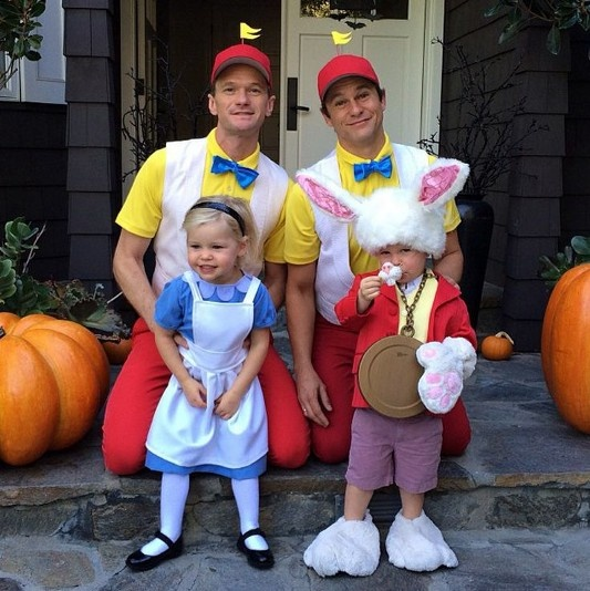 What are some fun Halloween costumes for a gay male couple