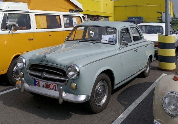 Is there a reason why French automakers like Renault, Citroen, and ...