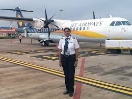 What are the salaries for domestic airline pilots in India (first