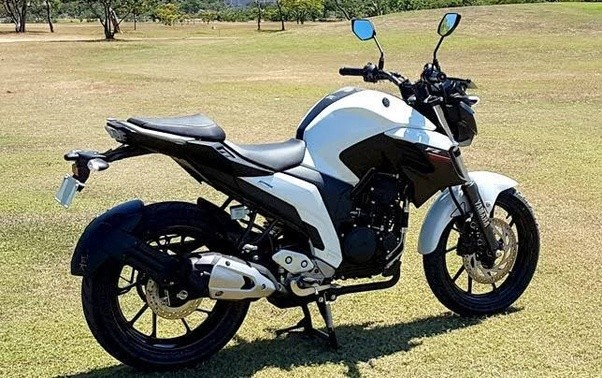 Which should i buy pulsar ns 200 2017 or yamaha fz 250 for Yamaha ns sw40 price