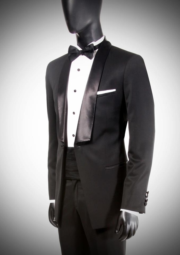 Which Is The Simple Dress For The Wedding Reception For Groom Quora