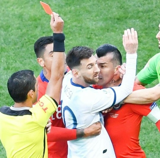 What Are Your Thoughts On Lionel Messi Getting A Red Card In Argentina Vs Chile In Copa America 2019 3rd Place Match Quora