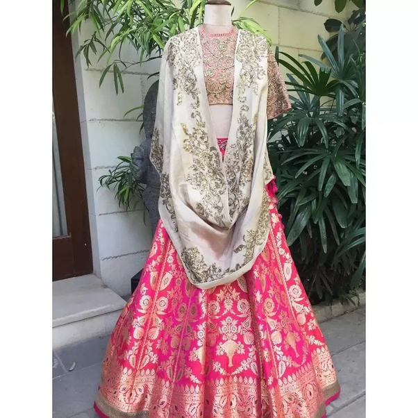 Where can I buy wedding lehenga in Hyderabad? - Quora