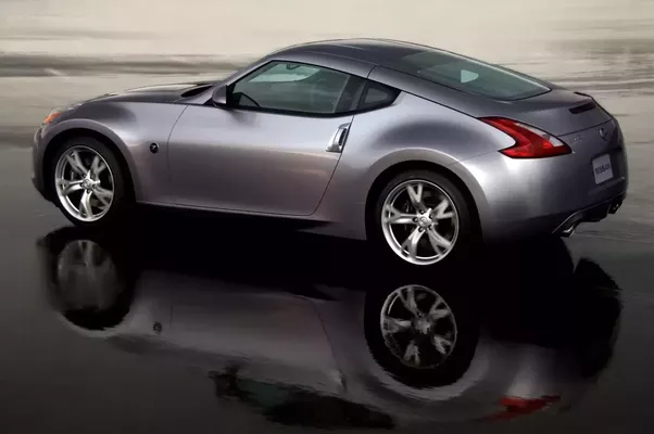 What is the difference between a Nissan 350Z and a 370Z? - Quora