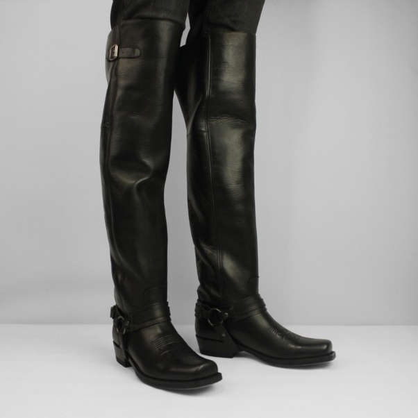What type of over the knee boots would look good on a male