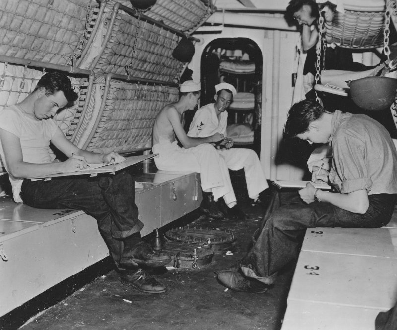 What was life like inside WW2 submarines? - Quora