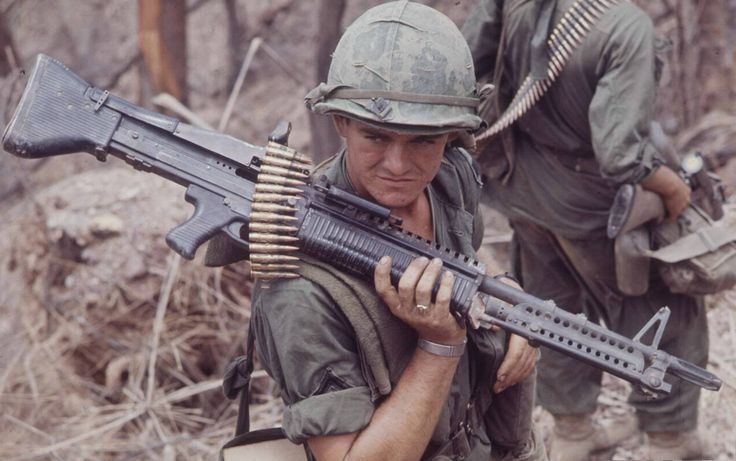 Why isn't the MG42 used by the modern US army? - Quora
