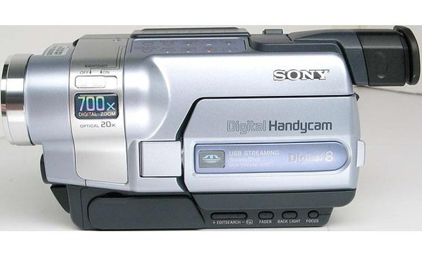 What S A Good Vintage Digital Video Camera That Only Requires A Usb Port Or Sd Card To Transfer The Video To A Computer I Ve Recently Looked At The Sony Digital8 And The