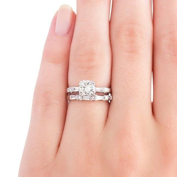 What S The Difference Between Engagement Ring And Wedding Ring: What Is The Difference Between An Engagement Ring And A