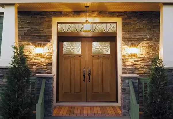 Why do houses in America have double front doors? - Quora