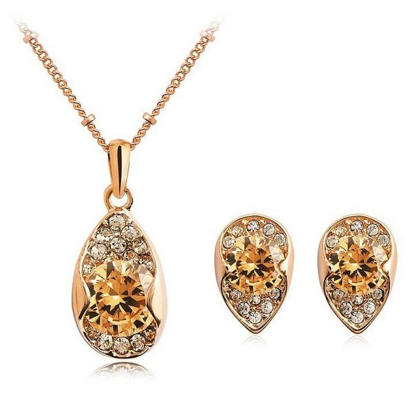How to buy fashion pendants online quora 1 website mirraw which offers different collection of pendants online in different work like american diamonds gold plated silver plated stone aloadofball Gallery