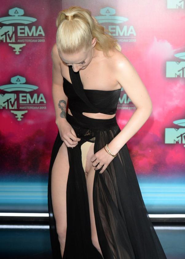 Celebrity wardrobe malfunctions worst Celebrity Nip
