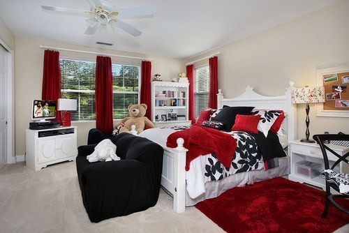 How To Decorate A Bedroom With Black White And Red Quora
