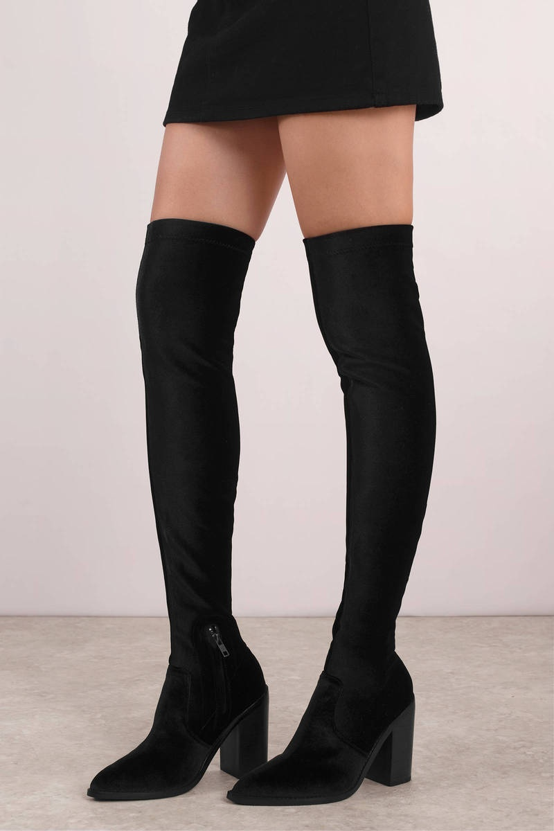 b98ca8f52df There are even thigh-highs for when you feel sporty!