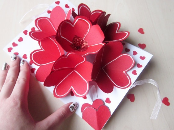 Find Some More Attractive And Creative Valentines Day Gifts For Her And Get  The Idea Which One Will Be The Best Gift For Her.