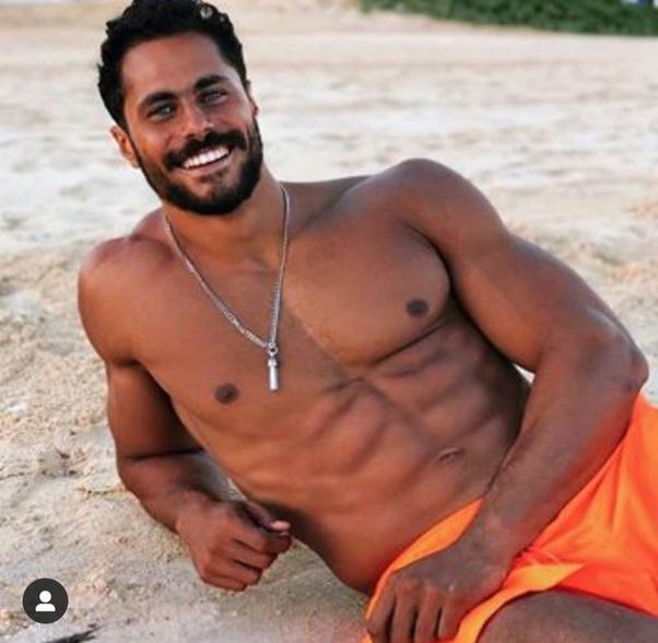 Men sexy syrian Beautiful Syrian