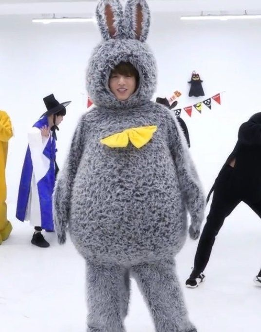 What is your favorite Halloween costume worn by any BTS